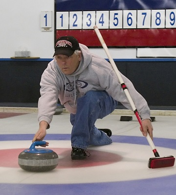 Delivering a curling stone